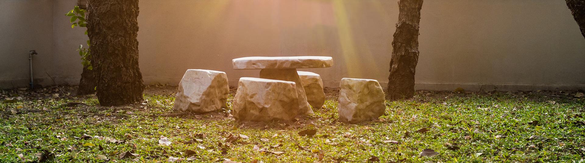 Mobilier de jardin en pierre reconstituée | La Pierre d\'Antan