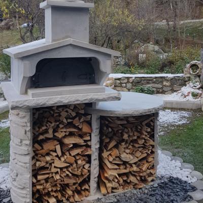 four à bois