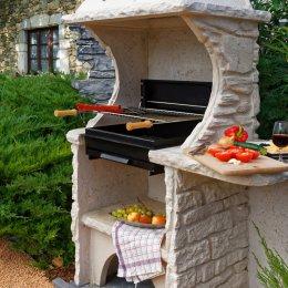 Barbecue en pierre reconstituée équipé avec gril, La Pierre d'Antan