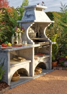 cuisine d ete avec barbecue en pierre