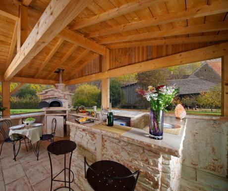 20 photos et id es de cuisine d t en pierre reconstitu e - Cuisine d ete exterieure ...